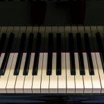 米ワシントン大学が無音演奏動画から音楽を再構築するAIを開発!